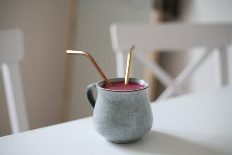 metal-straw-drink
