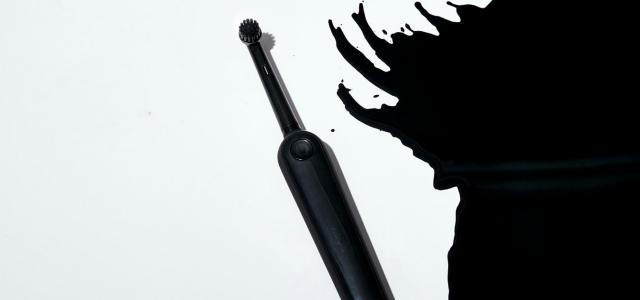 Black_Electric Toothbrush