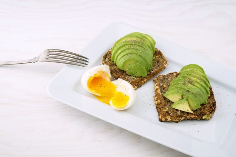 eggs_avocado_toast
